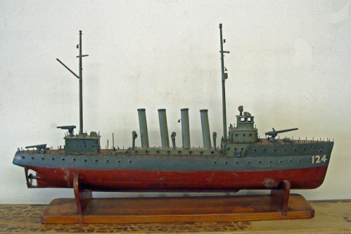 Handcrafted Wood Model of the WWI Destroyer USS RAMSAY (DD124)