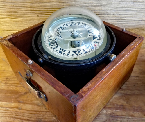 Kelvin White Boxed Spherical Compass